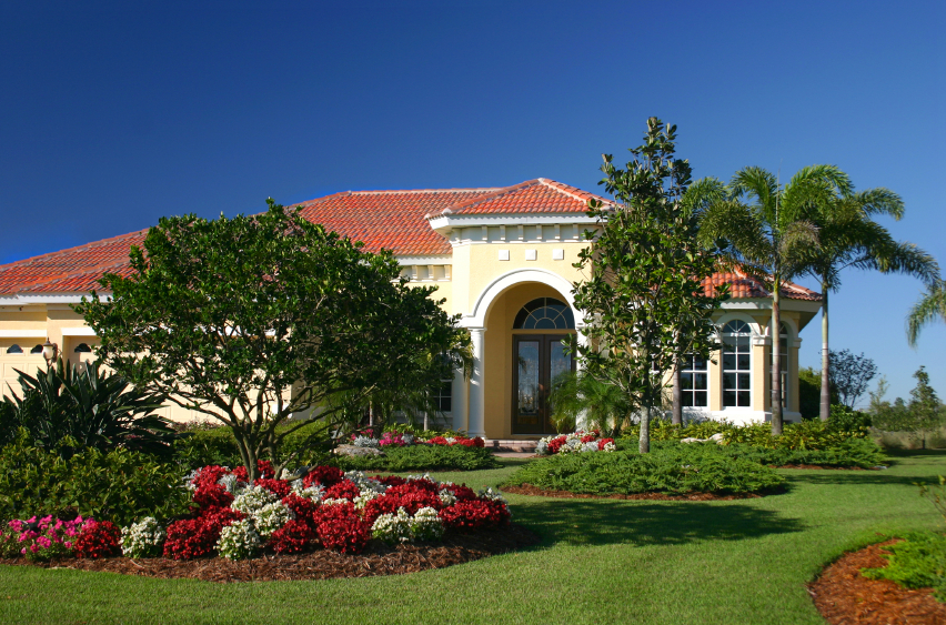New_Luxury_Home_Beautiful_Landscaping