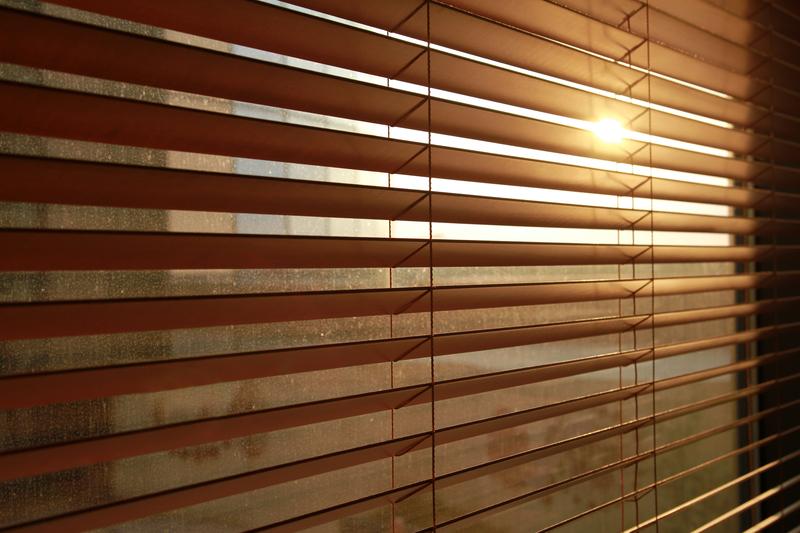 venetian-blinds