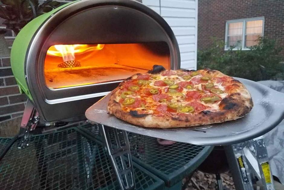 Roccbox-–-The-Portable-Stone-Bake-Pizza-Oven-1
